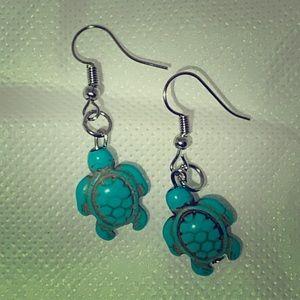 Jewelry - Turtle blue turquoise silver dangle earrings